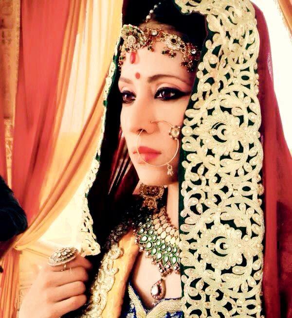 Mreenal Deshraj is back on the tube essaying the negative role of Uma Devi in 'Bharat Ka Veer Putra Maharana Pratap'. #Style #Bollywood #Fashion #Beauty