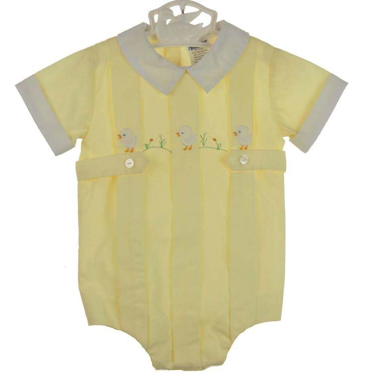 RETRO 1960s Nannette Pale Yellow Romper with Appliqued Chicks #TuscanyAgriturismoGiratola