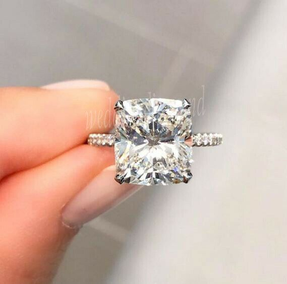 2.20 CTW Round Cut Colorless D-E-F Moissanite IshimJewels Gift For Her Solitaire Accents Engagement /& Wedding Ring In 14k White Gold