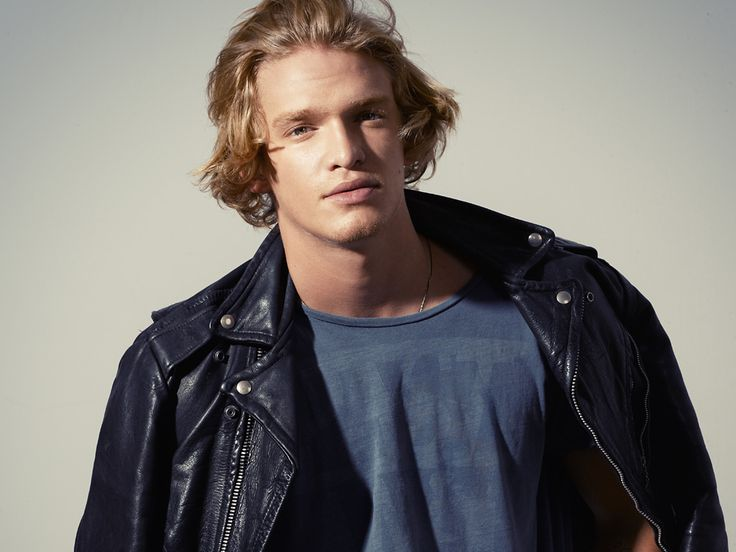 CODY SIMPSON ON LOVE, LIFE, POETRY AND MAKING MUSIC – EXCLUSIVE INTERVIEW