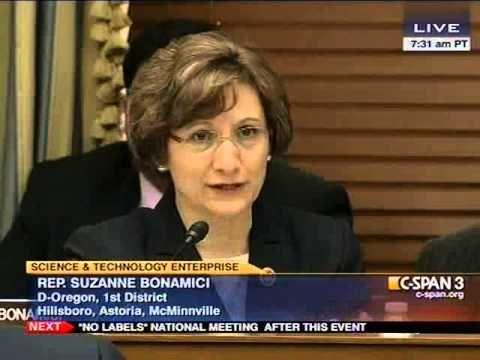 Congresswoman Bonamici Asks about the Importance of STEAM  Education