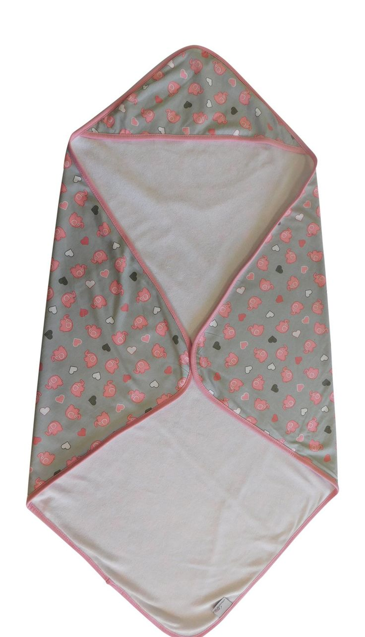 This baby hooded bath towel features a gorgeous all-over pink elephant print design and is super soft on babies' sensitive skin.  #babytowel #bathtime #elephanttheme #prettyinpink