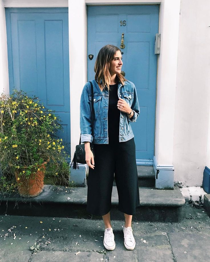 """6,234 Likes, 25 Comments - Lily Pebbles (@lilypebbles) on Instagram: """"I'm English so it is VERY hard to think of a caption to write that isn't about the weather 🤐🌸 So…"""""""