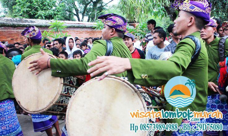 Ketahui lebih banyak tentang kebudayaan pulau Lombok yang Unik dan menarik disini http://wisatalombokmurah.com/budaya-pulau-lombok/ #budayalombok #budaya #lombok #gendangbeleq #gendang #beleq