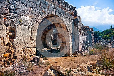 Ancient walls of ruins in Tlos City, Turkey / #tlos #turkey #travel #photography