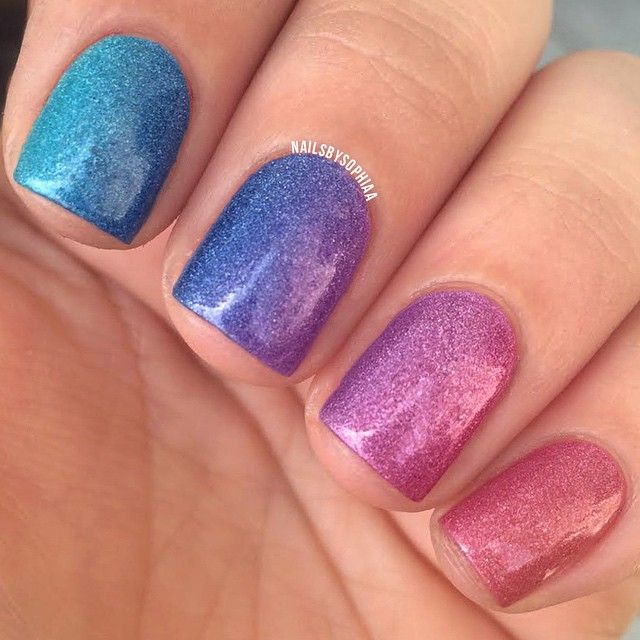 Instagram media by nailsbysophiaa - Holo rainbow gradient I used all @cirquecolors for this. From my pointer finger to my pinky I used Cerrillos, bejeweled, xochitl, powwow, and luminous owl