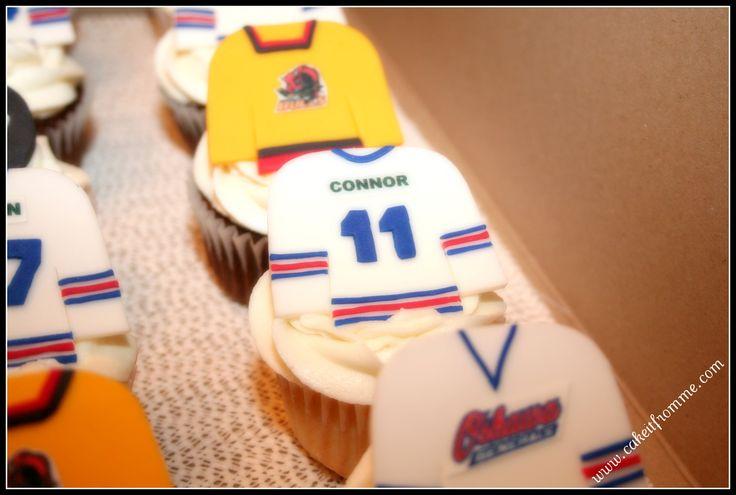Hockey jersey cupcakes - Fondant jerseys with edible image logos.