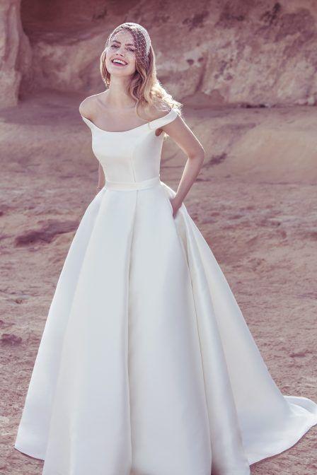 19093 Off the Shoulder Wedding Dress Ballgown
