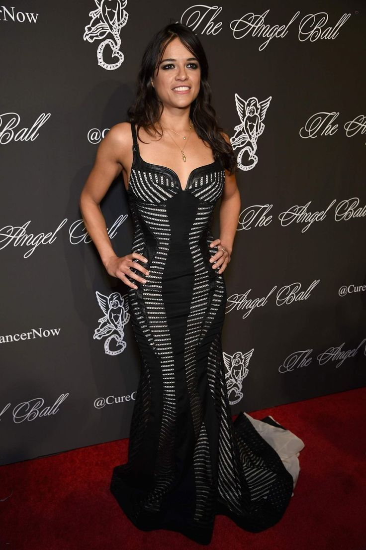 Michelle Rodriguez..... - Celebrity Fashion Trends