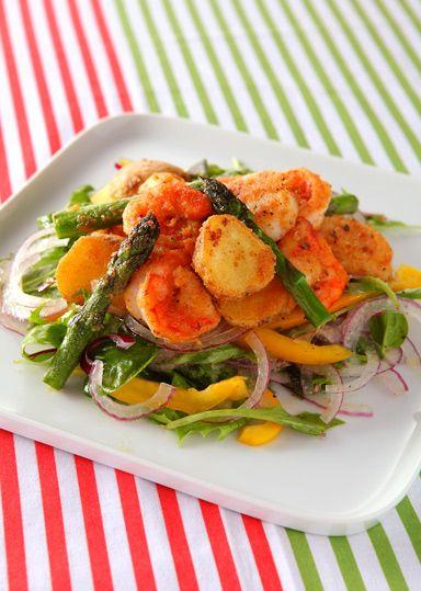 魚介と野菜のサクッと揚げ サラダ仕立て のレシピ・作り方 │ABC ... まぶしてフライパンで焼くだけの簡単からあげ粉を使ってヘルシーでおいしいサラダを作ります。生野菜を組み合わせることで、2つの食感が楽しめます。