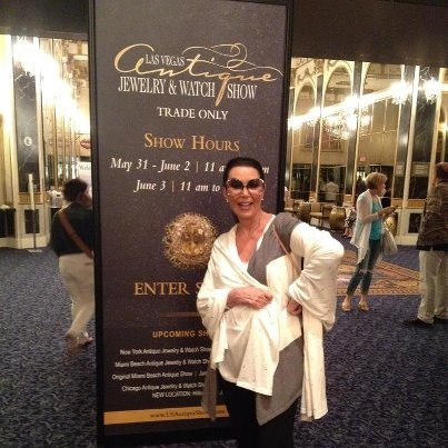 Sourcing at the antique jewelry show!! Oh course wearing my Joan Boyce hsn shoes and shawl!
