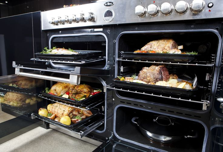 The Sterling 110cm-wide range cookers feature a 177L capacity. Enough to cook for an army!