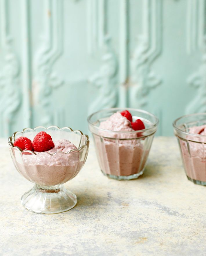 Coconut and raspberry mousse | Deliciously Ella