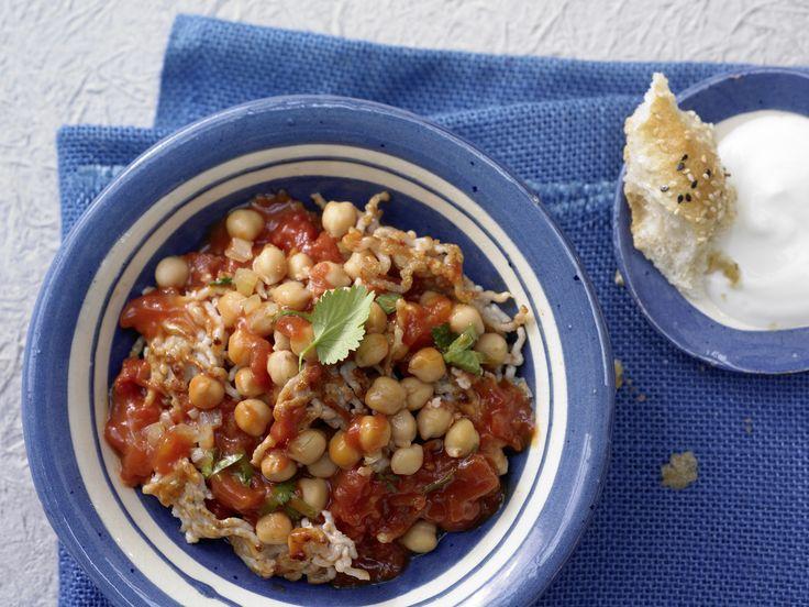 Ein Genuss für alle Sinne: Orientalisches Puten-Chili - mit Kichererbsen und Tomaten - smarter - Kalorien: 448 Kcal - Zeit: 20 Min. | eatsmarter.de