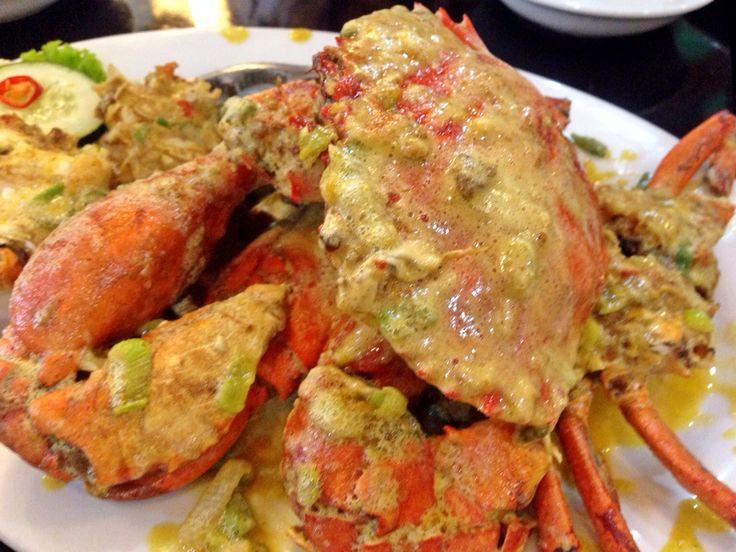 Kepiting Telur Asin @Apong Seafood Resto, Makassar