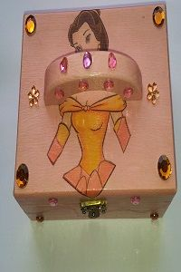 leuke knutsels voor een prinsessenfeestje, knutsel juwelenkistje, spiegeltje of tiara