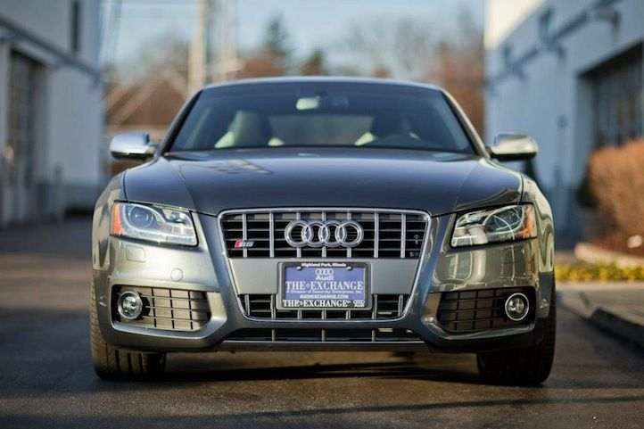 To usher out its current V8 powered S5 and move in the lauded high performance RS5, Audi will be releasing a 4.2 Special Edition version of the coupe. Conceptualized by Barry Hoch, the product planner for Audi's A4/S4 and A5/S5 lineup and limited to only 125 units, this offering of the S5 marks the last of the cars that will boast the 4.2 V8 engine while the newer models will adopt a 3.0 TFSI supercharged V6.