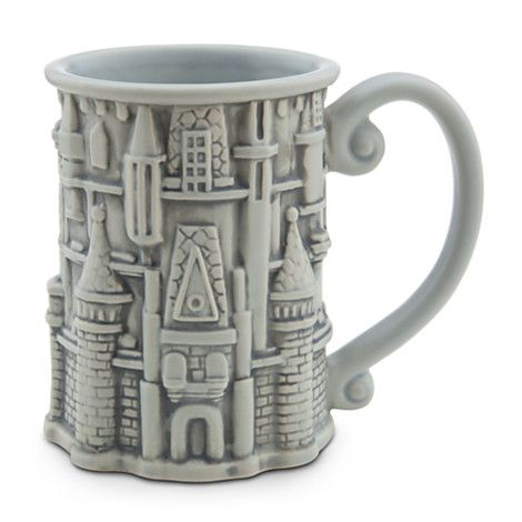 Cinderella Castle Mug - Walt Disney World This is soo beautiful... I think I am going to become a mug collector...