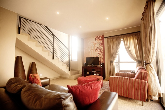 Three Bedroom Cluster Lounge.    http://www.eahs.co.za/establishments/villa