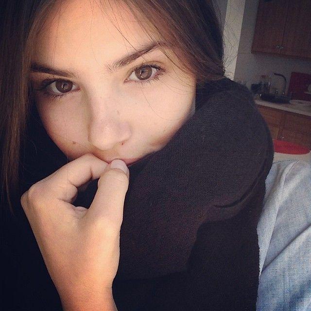 camila queiroz instagram
