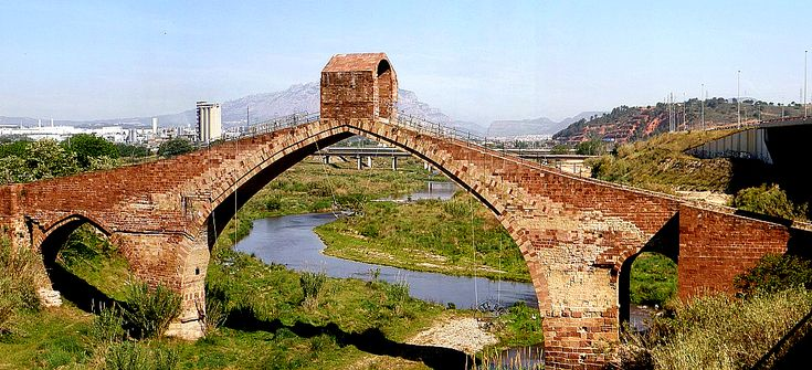 Puente del Diablo, Martorell, Catalonia, Spain. Pic 01 - Arch bridge - Wikipedia, the free encyclopedia