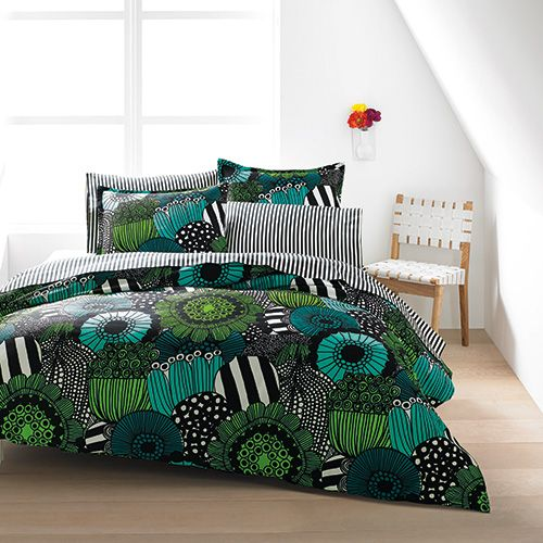 Inspired by the collision of the urban and natural world, designer Maija Louekari named Siirtopuutarha (Allotment) after rooftop gardens. Marimekko Siirtolapuutarha Green Percale Bedding - $140-250
