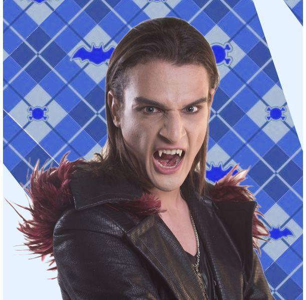 Mirko Chica vampiro