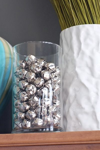 So easy and elegant.Holiday Time, Holiday Ideas, Crafts Ideas, Vases Fillers, Holiday Mantles, Christmas Vases, Belle Vases, Christmas Ideas, Holidays Christmas