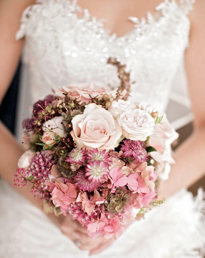 90 best blumen images on pinterest bridal bouquets wedding bouquets and floral bouquets. Black Bedroom Furniture Sets. Home Design Ideas