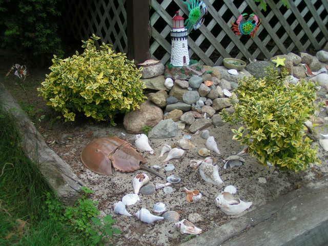 Gnome Garden: 17 Best Images About Seashell Garden Ideas On Pinterest
