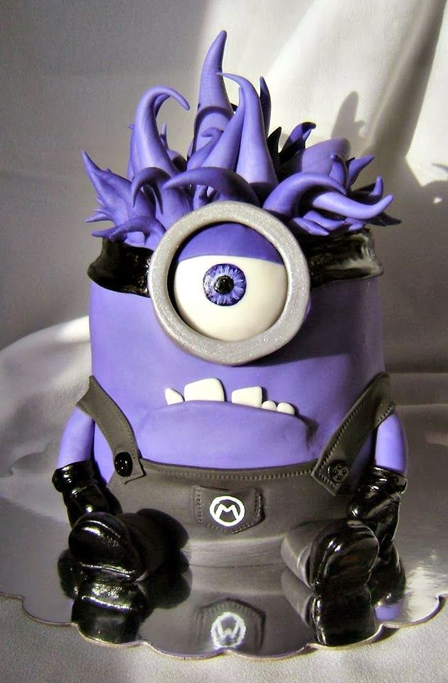 Purple Evil Minion Birthday Cake made by Eat Cakes Iowa | http://www.sassydealz.com/2014/01/creative-despicable-me-minion-birthday.html