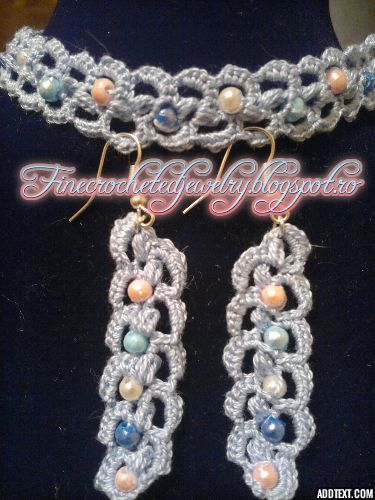 Crochet earrings and necklace
