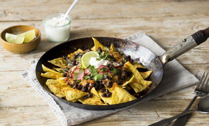 Easy Skillet Chilaquiles Recipe - Relish