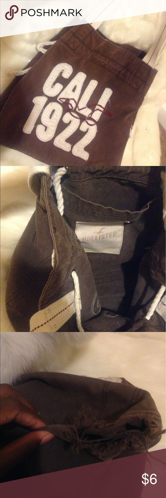 Distressed Hollister Tote Bag 🚫NO TRADE🚫 ❗️PRICE FIRM❗️ HAPPY POSHING 😘 Hollister Bags Totes