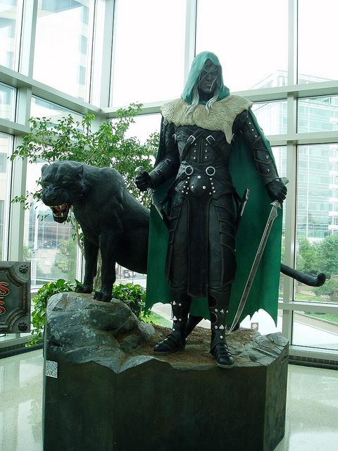 Drizzt Do'Urden oh my god oh my god oh my god i must have this in my house!!!!!!!!!!!!!! one of my fave stories of all times!!!!!!
