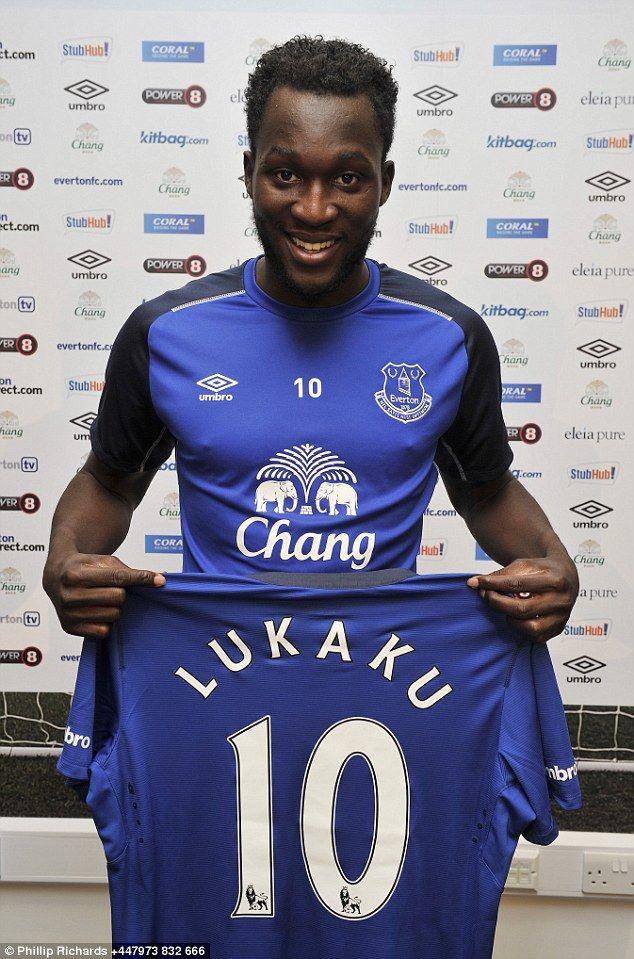 Romelu Lukaku of Everton FC