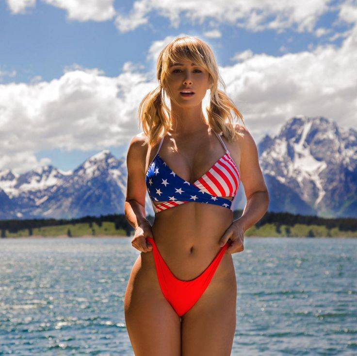 Sexy Photos of Sara Underwood from Instagram
