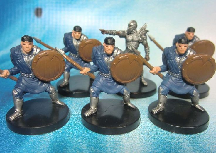 Dungeons & Dragons Miniatures Lot  Caravan Guard Aasimar Fighter !!  s100 #WOTC