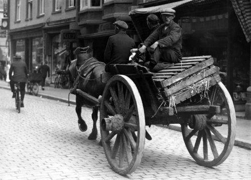 paard & wagen 1930, Straat tot nu toe onbekend.
