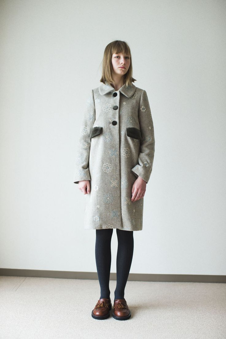 SINDEE 14A/W 「FLORAL EMBROI COAT」
