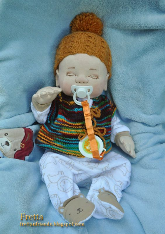 Muñeca de bebé recién nacido de Fretta. Muñeca de la empatía