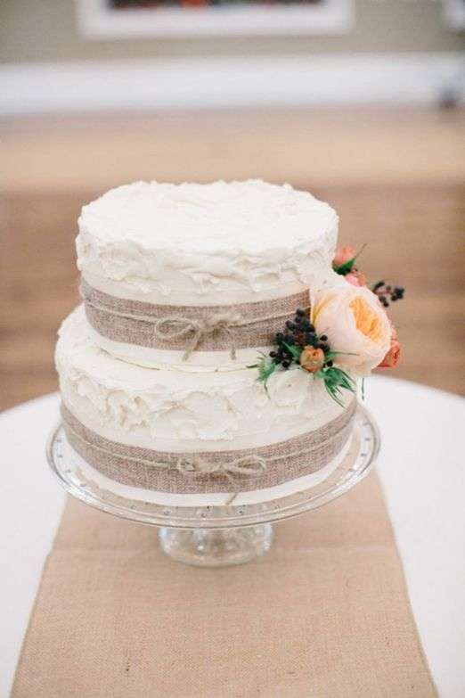 The 222 best images about natural wedding cakes on for Simple wedding cake flowers