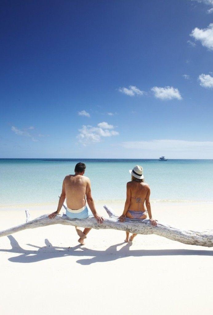 10 лучших островов для медового месяца. Где и как провести медовый месяц для молодоженов. Райские острова для романтического отдыха вдвоем.