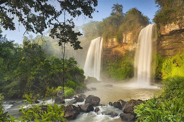 Image: Iguazu Falls in Iguazu National Park, Argentina, Brazil. (© Frans Lanting/Corbis)