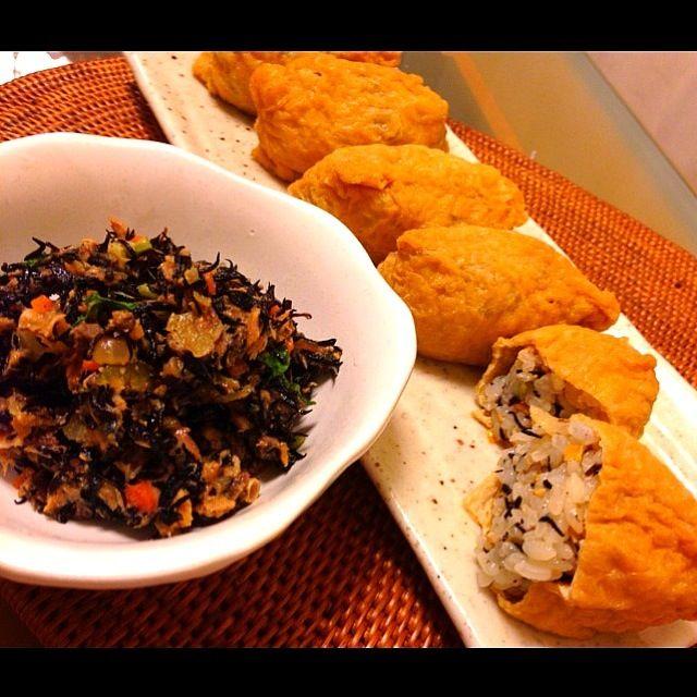 まきこさんの鯖そぼろ作りました〜 でも鯖水煮缶を使うという手抜きバージョンです サバとひじきと野菜が入って栄養満点酢飯にゴマと一緒に入れておいなりさんにしました夕食に出すんだけど、先につまみ食いうまい〜 まきこさん素敵なレシピありがとうございます - 151件のもぐもぐ - makihiroさんの鯖そぼろ…を缶詰で作っちゃいました by bellflower