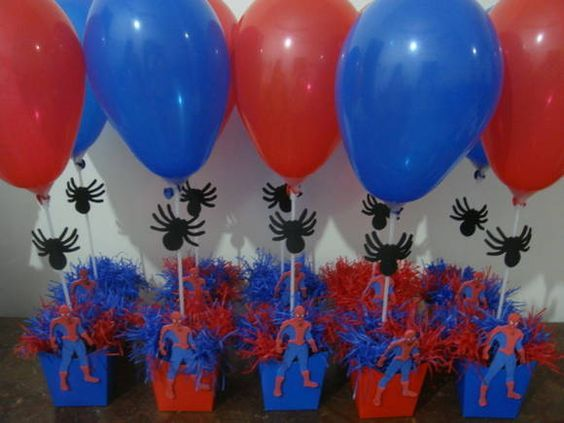 Ideas to decorate a spider man themed party Spiderman Birthday Cake, Avengers Birthday, Superhero Birthday Party, Boy Birthday, Spider Man Party, Avenger Party, Birthday Party Centerpieces, Carnival Birthday Parties, Party Themes