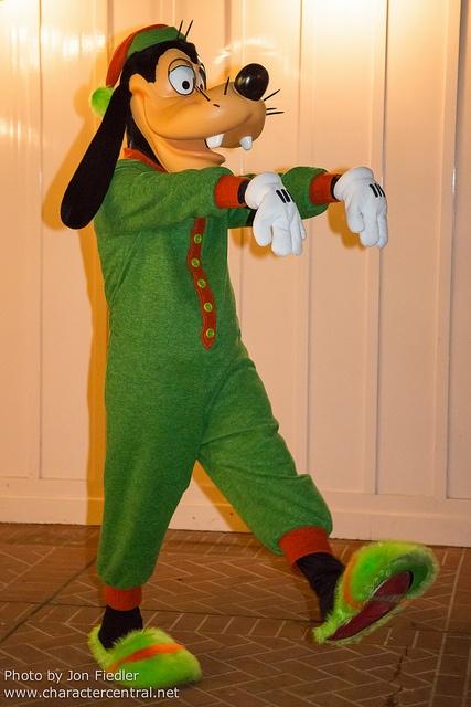 17 Best images about Disney Christmas on Pinterest   Disney, Walt disney world and Magic kingdom
