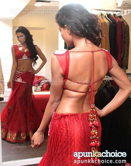 Veena Malik in beautiful Lehenga & backless Choli