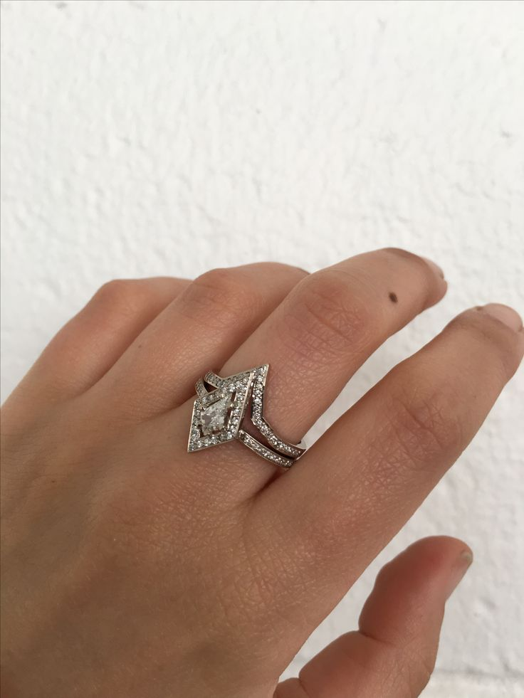 Kite engagement ring with Pave star band.  https://meadowlark.co.nz/rings/engagement/kite-engagement-ring-fine?metal=229&stone_type=15