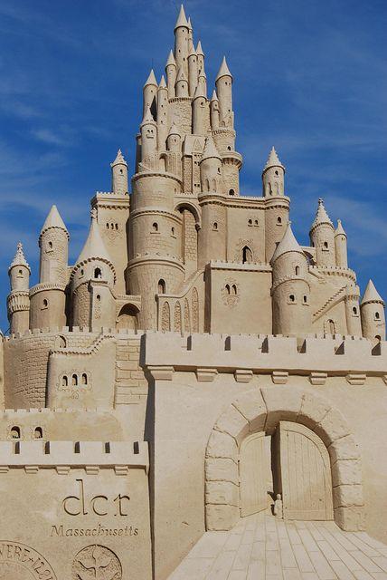 Now THIS is a sand castle ... sculpture . art ... Revere Beach ... photo by LeahBCC, via Flickr